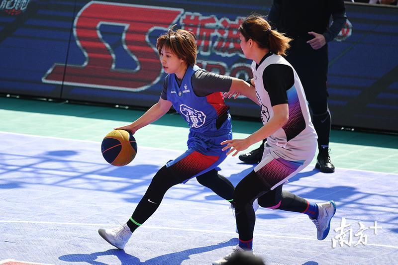 广州耀远投资击败东莞体校晋级决赛,东莞松山湖则逆转战胜顺德碧桂园二队,与广州耀远投资会师。